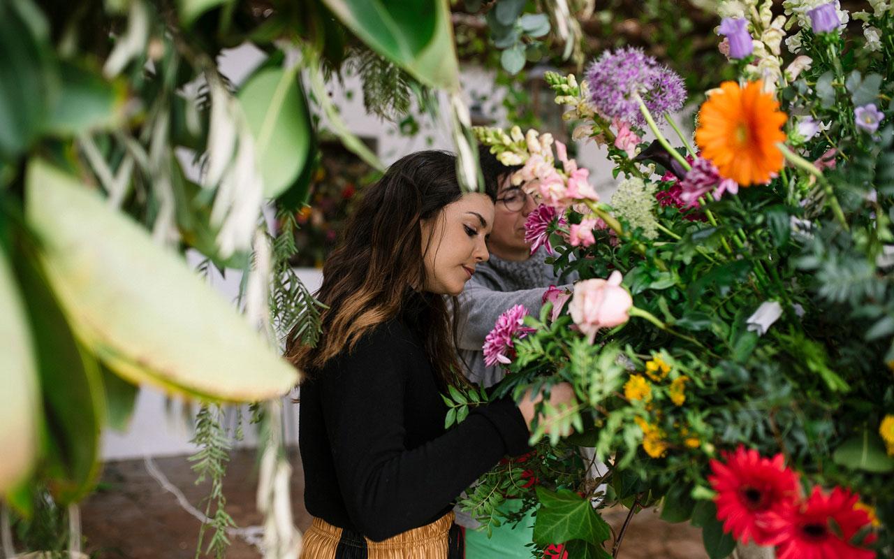 hacer arreglos florales originales